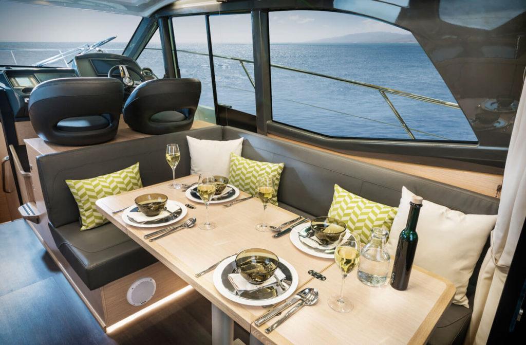 Galija-Yachting-Bavaria-R-line